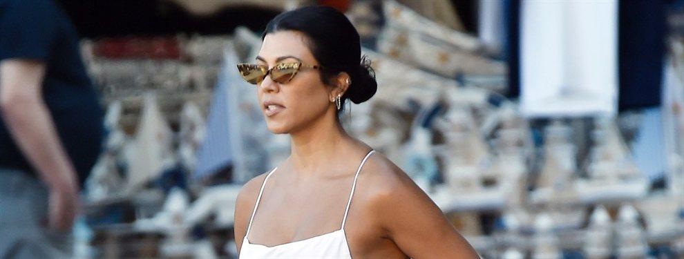 Kourtney Kardashian sorprendió al mundo entero con una foto con un 'outfit' increíble