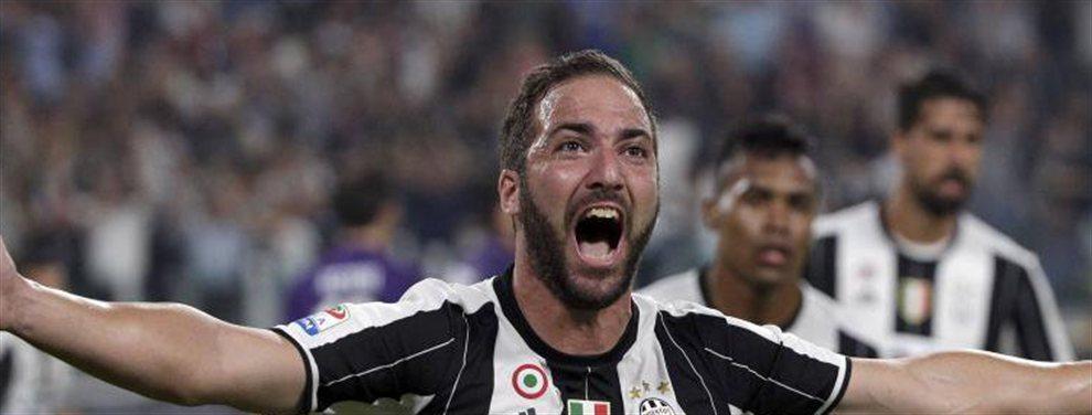 El jugador no ve con malos ojos salir de la Juventus y tiene a grandes de Europa tras sus pasos