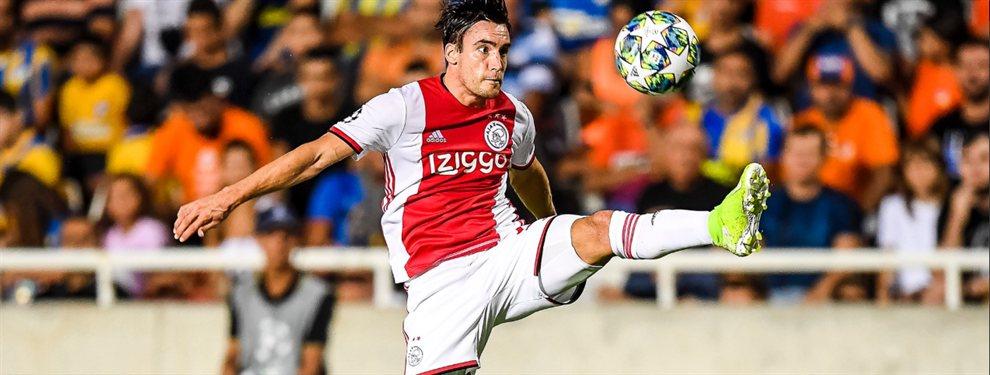 El Ajax de Tagliafico y Lisandro Martínez empató con el Apoel Nicosia por el repechaje de la Champions League.