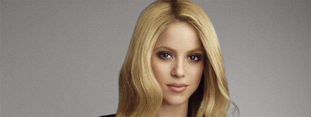 Shakira sorprendió al Mundo con un video en el que sale jugando a futbol con unos tacones puestos
