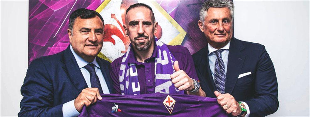 Luego de una extensa etapa en el Bayern Munich, Franck Ribery fue presentando en la Fiorentina.