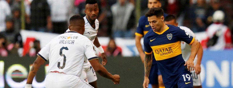 Mauro Zárate se lesionó en el primer tiempo del partido ante Liga de Quito y debió ser reemplazado.