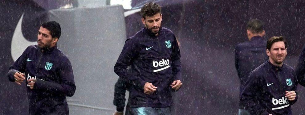 Luis Suárez, Messi y Piqué han bajado el pulgar y han echado a Arturo Vidal del Barça