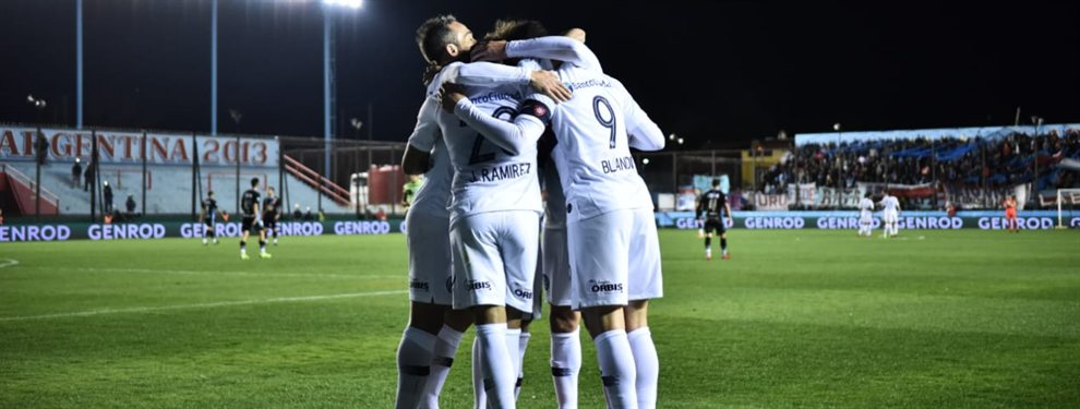 San Lorenzo se impuso por 2 a 0 ante Arsenal de Sarandí y se convirtió en el nuevo líder de la Superliga.