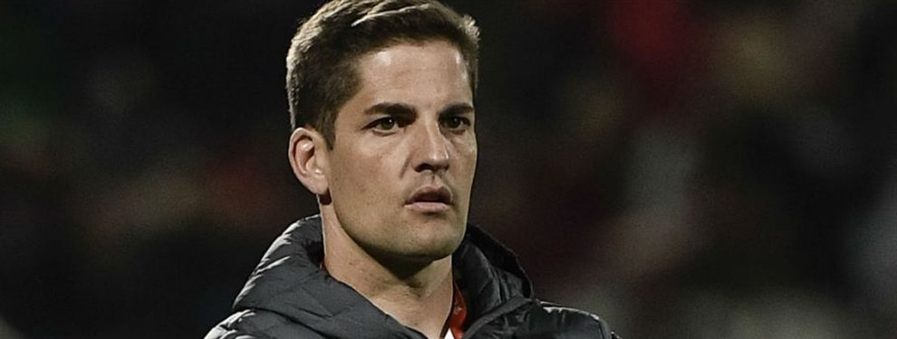 El seleccionador español se declara seguidor del Barça y la lía