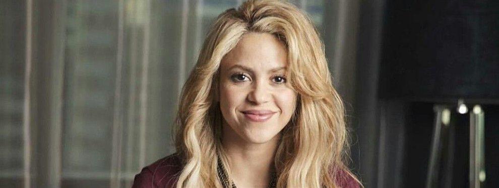 Shakira fue noticia por una antigua foto en la que aparece en un escenario con unos kilos de más