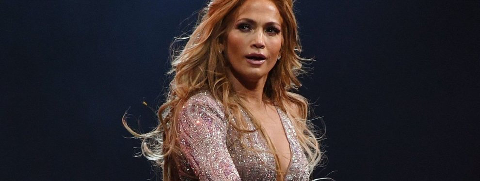 Impactante es la palabra con la que se puede describir a Jennifer López en esta imagen.