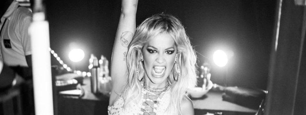¡Rita Ora sin ropa por Londres! (y la gente la mira alucinada)