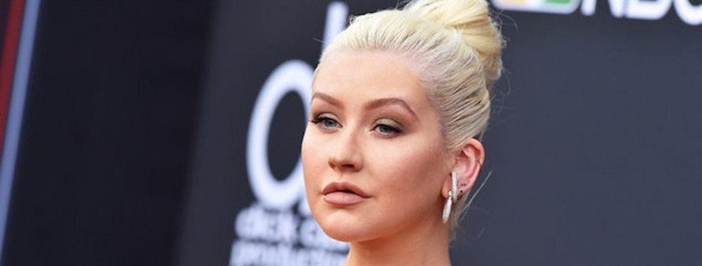 La chica de voz potente de Christina Aguilera ha aparecido en escena para el lanzamiento de la colección Virgin Voyages x Gareth Pugh.