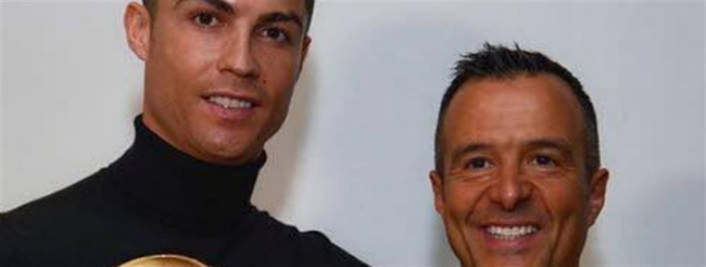 El representante portugués vive el peor momento de su carrera y el astro portugués puede acompañarle