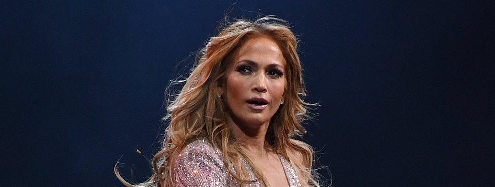 Jennifer López pone de cabeza el Instagram al aparecer en un Close up de infarto. La neoyorquina parece de 25 ¡increíble!