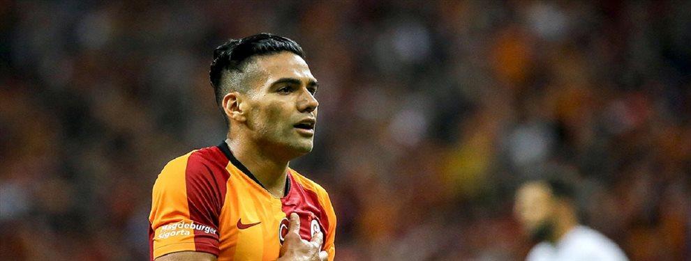 Radamel Falcao lleva poco tiempo en el Galatasaray de Turquía y se ha ganado a la afición como nunca antes se había visto.