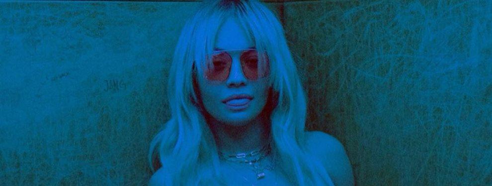 ¡La que has liado! Rita Ora dispara las alarmas con esta foto. La cantante ha hecho algo que no la habíamos visto ¡Ni Madonna!