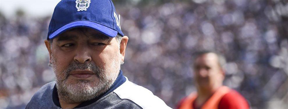 Diego Armando Maradona decidió que siete futbolistas del plantel profesional de Gimnasia de La Plata bajaran a entrenar con la Reserva.