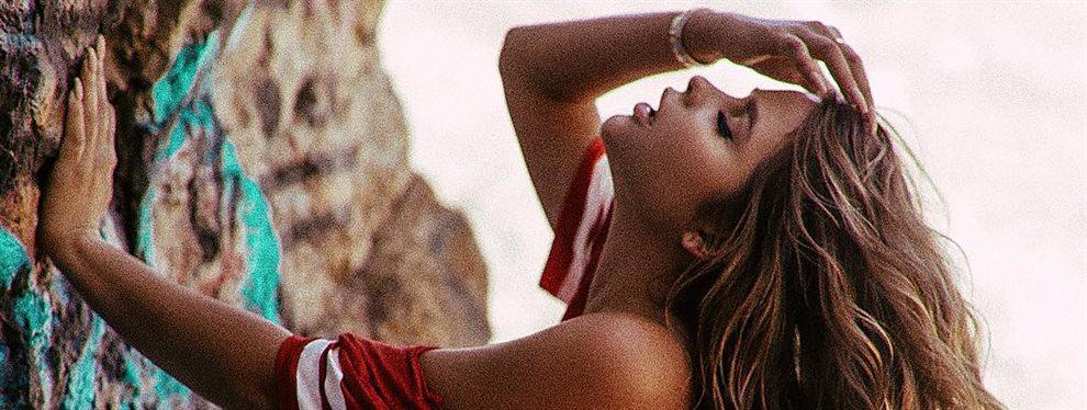 La modelo rusa Anastasiya Kvitko vuelve a hacer de las suyas con un short que es demasiado corto y que no puede contener toda ese de volumen trasero