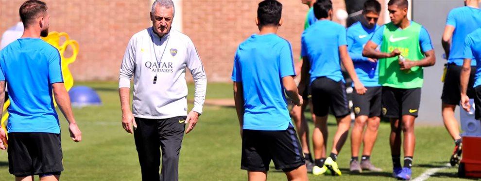 En un nuevo ensayo de fútbol de Boca, Gustavo Alfaro prescindió de Carlos Tevez y optó por Jan Hurtado.
