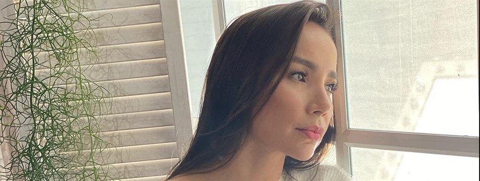 Paola Jara se destapa en su última foto y se le ven, es una locura de imagen:La cantante vuelve a desatar la polémica una vez más en sus redes