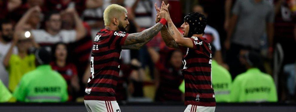 Flamengo derrotó 5-0 a Gremio en Río de Janeiro y disputará la final de la Copa Libertadores ante River.