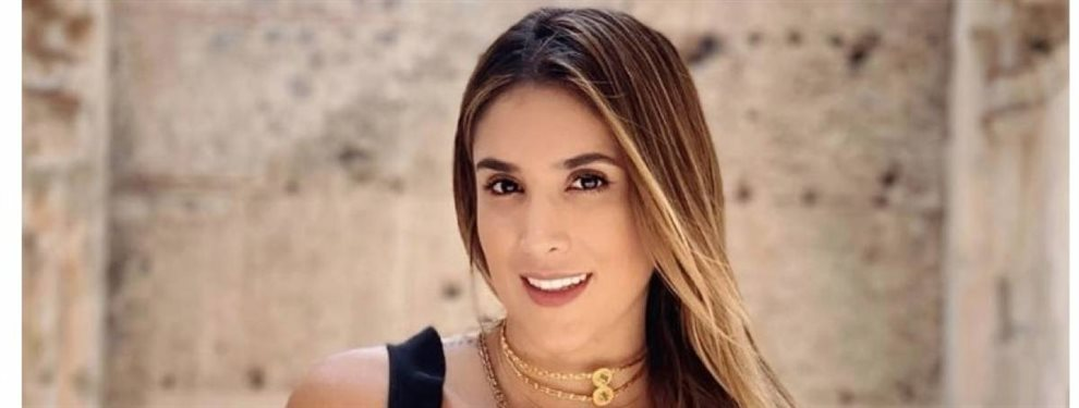 Daniela Ospina sorprendió a sus fans con una imagen en el coche y un detalle bomba