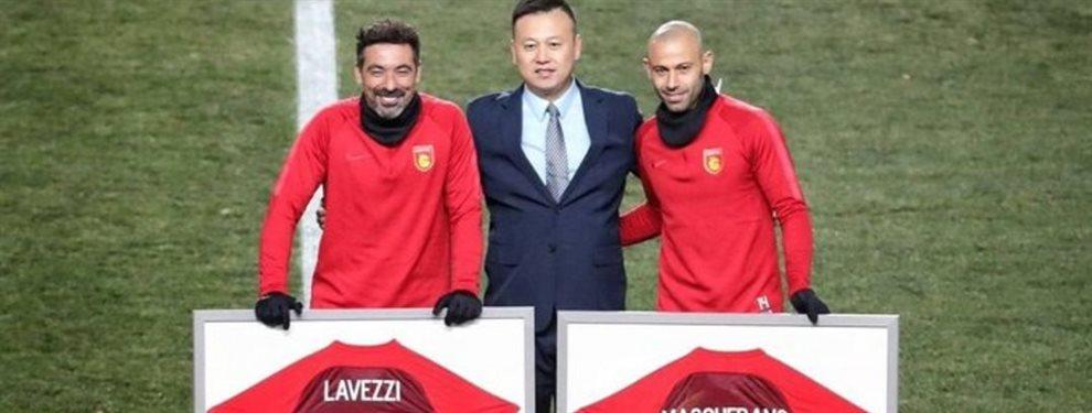 Javier Mascherano y Ezequiel Lavezzi se despidieron del Hebei Fortune con un emotivo homenaje.