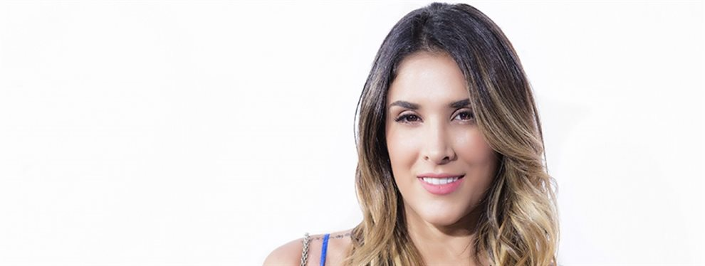 Daniela Ospina subió una imagen en la que aparecía junto a su difunto padre, para recordarle