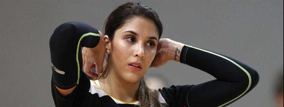 Daniela Ospina aparecía de espaldas en una tienda de ropa y presumiendo de tamaño