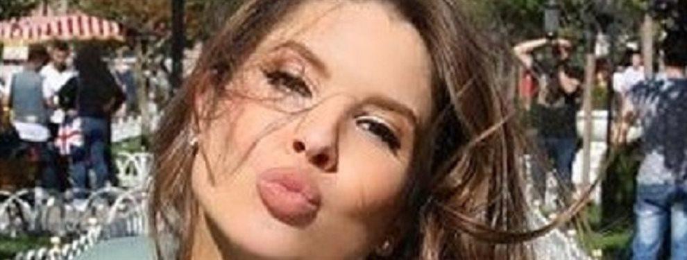 La actriz y modelo estadounidense Amanda Carny no quiere esconder nada y muestra sus debilidades sin tapujos para deleite de sus millones de seguidores