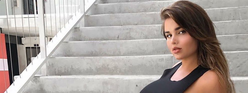 Anastasiya Kvitko ha impuesto una  moda de tomarse fotos y videos sin dar la cara a la cámara.