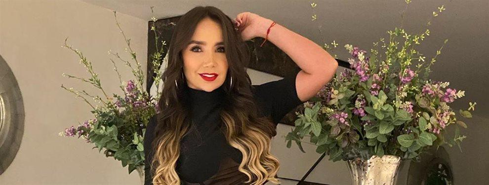 La cantante de rancheras Paola Jara usa siempre los mismos estilismos para subirse al escenario, pantalones de cuero que evidencian el tamaño de lo suyo