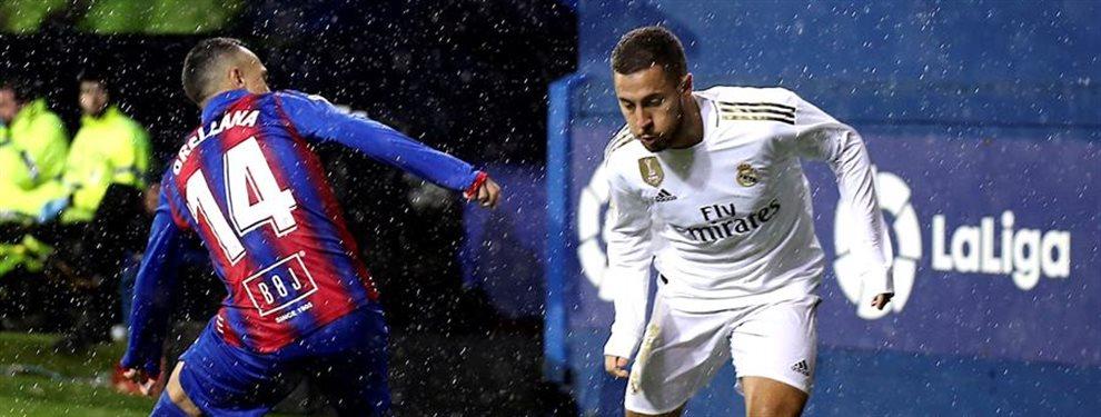 """Hazard muy nervioso al quedarse fuera de la lista. """"¿Prefieres a Bale?"""""""