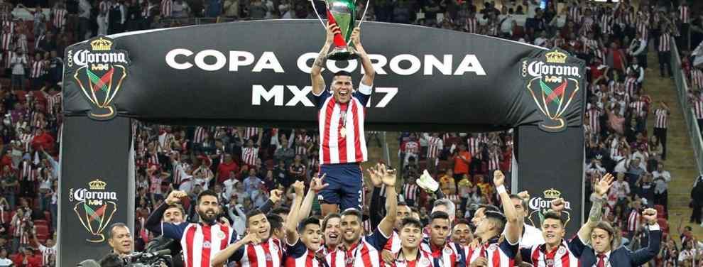 Las Chivas vencieron a Monarcas en penales y se quedaron la Copa MX