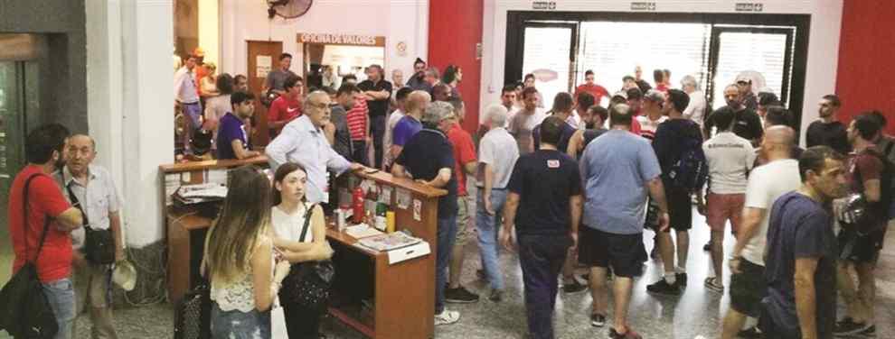 Los hinchas de Independiente quedaron Rojos de bronca por las entradas para la revancha