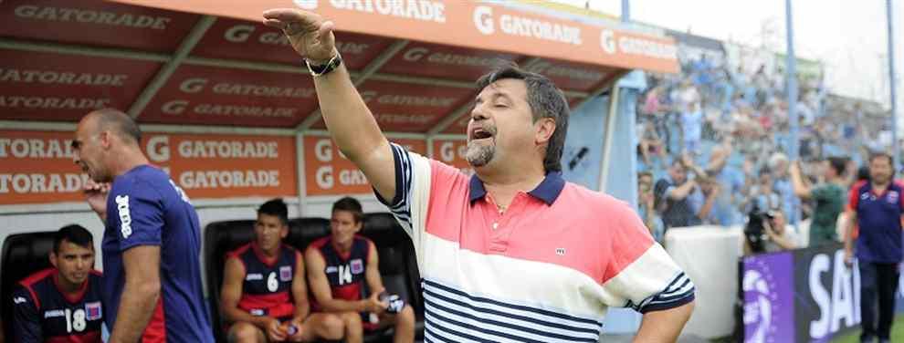 El técnico Ricardo Caruso Lombardi, recientemente desvinculado de Tigre, podría ser el nuevo entrenador de Los Andes en reemplazo de Sergio Rondina, que renunció el miércoles último.