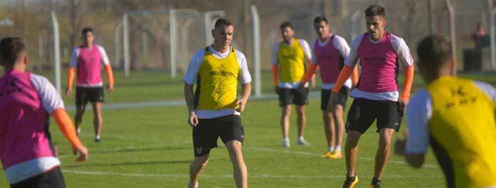 El Rooney argentino dejó Instituto y se mudó a Adrogué: B NACIONAL. Brown sumó un delantero que, si recupera el nivel mostrado durante su paso por All Boys, genera mucha expectativa