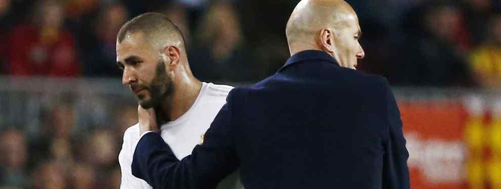 Karim Benzmea, el delantero francés del Real Madrid, ha puesto a su presidente Florentino Pérez, en un aprieto abslutamente descomunal con una oferta para salir del club