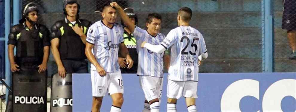 Atlético Tucumán goleó y sueña con pasar de ronda en la Copa